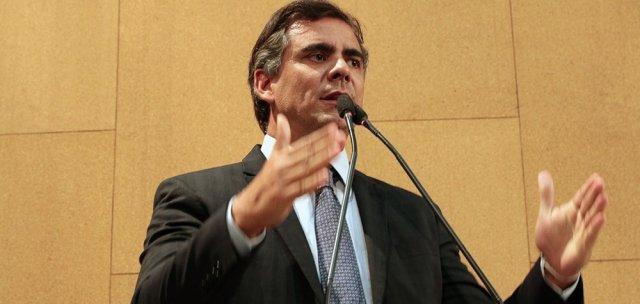 Deputado diz que Bahia vive caos na segurança pública com onda de assaltos em todo o estado