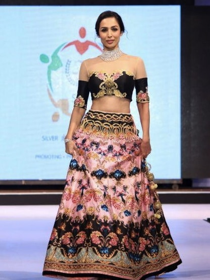 Malaika Arora Khan in Archana Kochhar's Creation at SSJA Silver Nite Fashion Show