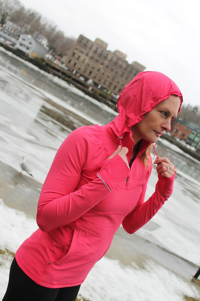 lululemon boom-juice rain-on-train-on-pullover train-in-the-rain-tight