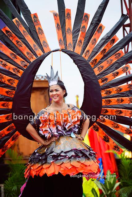 model-bangka-belitung-baju-daur-ulang-2017