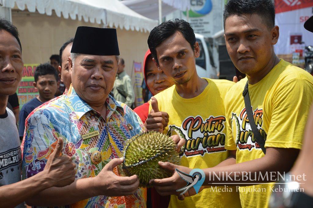 Paguyuban SRC Sinar Lawet Gelar Bazar di Plut UMKM Kebumen