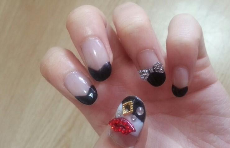 SARA NAIL: Simple black french nail art! black french ...