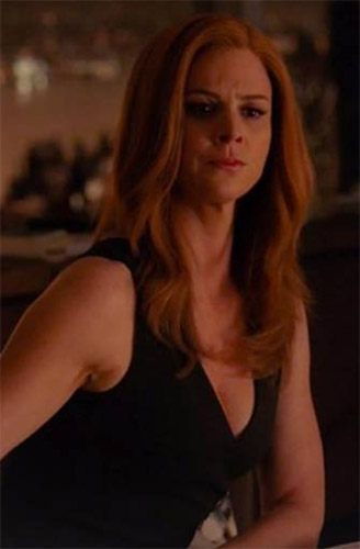 donna paulsen in black side slit button dress suits season 7 tv fashion finder side slit button dress suits season 7