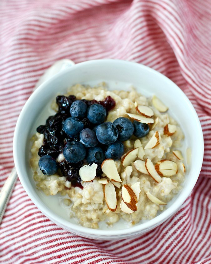 How to Make Overnight Steel Cut Oats in the Crock Pot