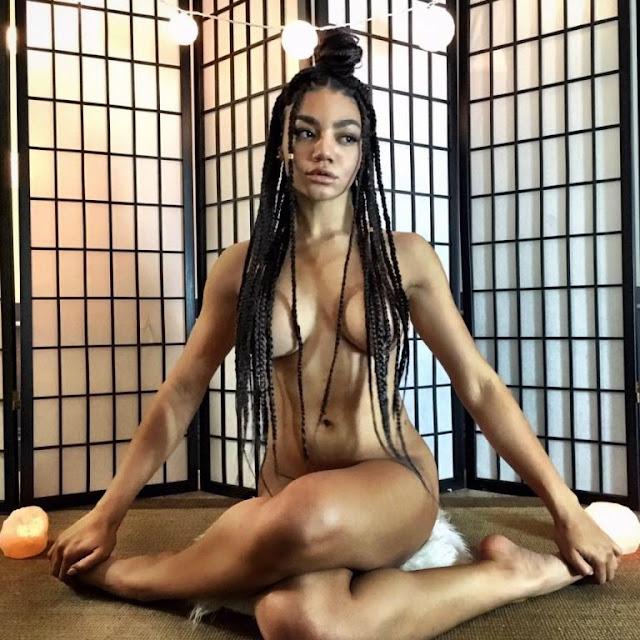 Hot girls Jess Taras sexy model & yoga teacher 4
