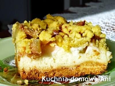 http://kuchnia-domowa-ani.blogspot.com/2013/05/ciasto-z-rabarbarem-i-budyniowa-pianka.html