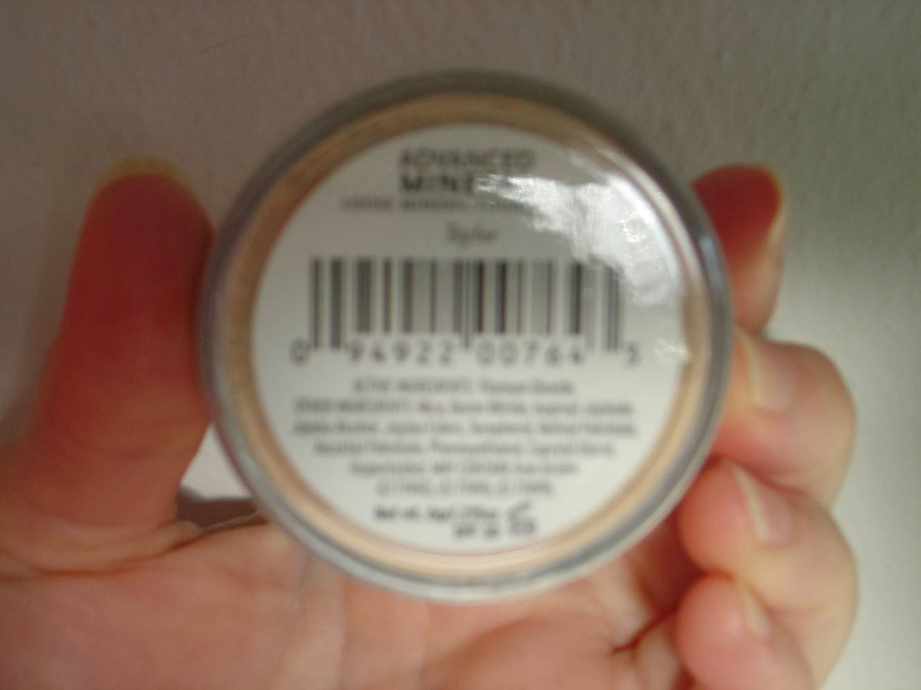 Advanced Mineral Makeup Loose Powder Foundation bottom label. jpeg