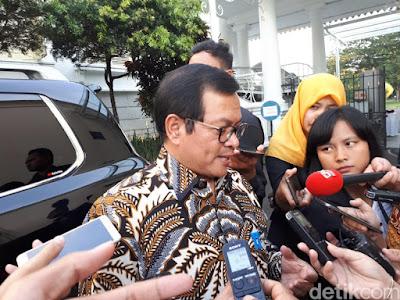 Presiden Jokowi Tambah 4 Staf Khusus, Ini Nama-namanya - Info Presiden Jokowi Dan Pemerintah