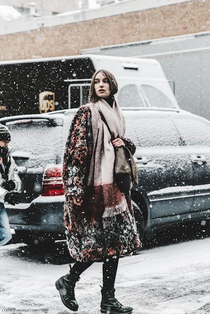 NYFW-New_York_Fashion_Week-Fall_Winter-17-Street_Style-Model-89.jpg