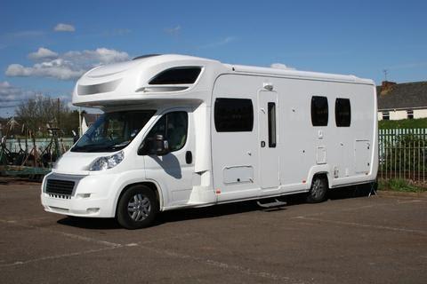 le bon coin des campings cars sur. Black Bedroom Furniture Sets. Home Design Ideas