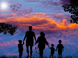 Silhouette of a family of five.