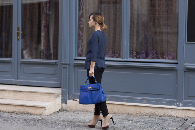 electric blue totte bag