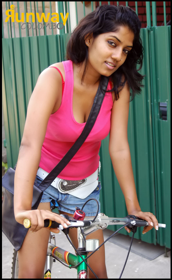 Hot Sl Actress Manik Wijewardana-9774