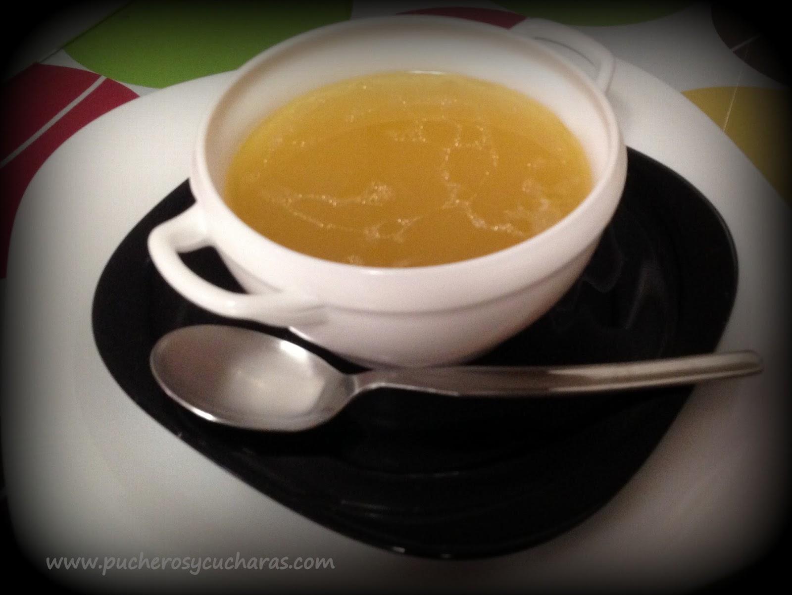 Sopa De Pollo Con Cous Cous