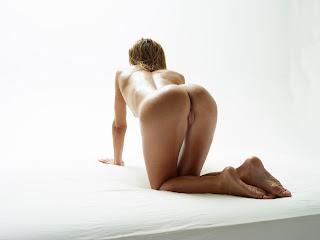 Hegre-Art Amber - Peach Imageset