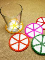 http://www.tuteate.com/2014/05/23/prepara-posavasos-con-hama-beads/