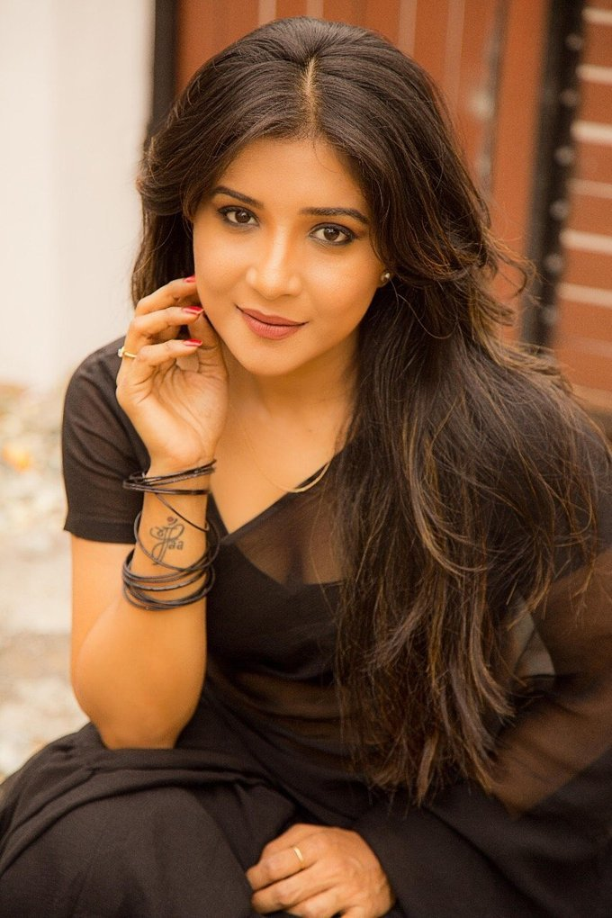 Sakshi Agarwal In Sexy Black Saree Stills