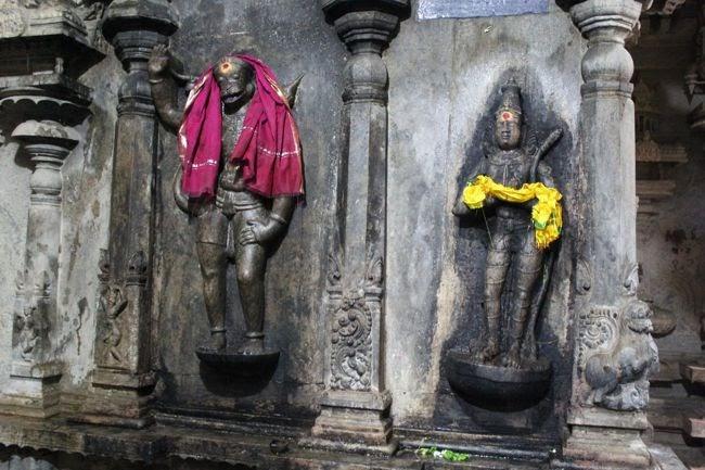 Lord Rama Greeting Hanuman