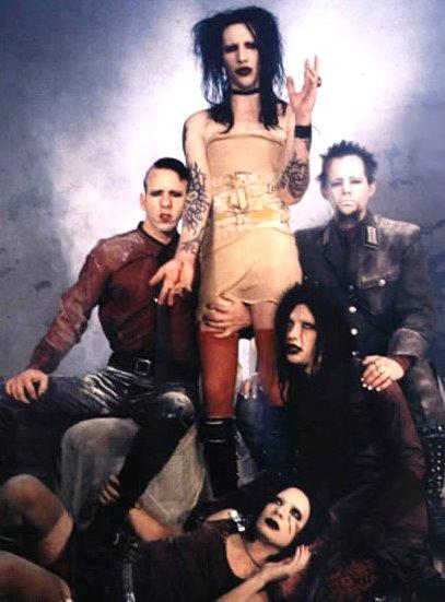 Foto de Marilyn Manson posando