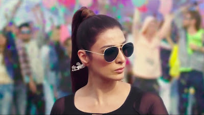 Golmaal Again Tabu Wearing Goggle HD Picture