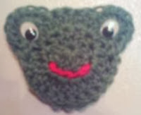 http://translate.googleusercontent.com/translate_c?depth=1&hl=es&rurl=translate.google.es&sl=en&tl=es&u=http://www.crochetville.com/community/topic/117803-froggie-magnet-and-towel-topper/&usg=ALkJrhhsa-mgk9T82o-N3JZPDxDoC8DjTw#entry2110613