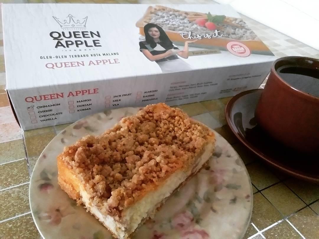 Menu dan Harga Kue Queen Apple