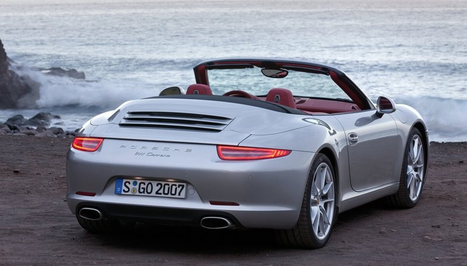 2013 porsche 911 carrera cabriolet review and pictures. Black Bedroom Furniture Sets. Home Design Ideas