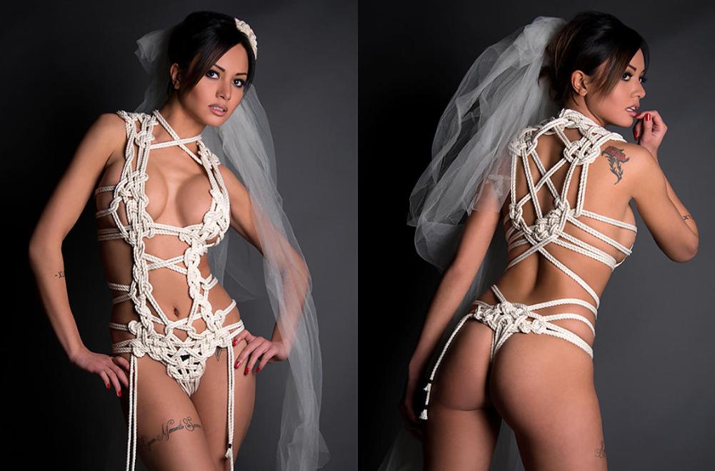 Vestido de novia con cuerdas y nudos sexy