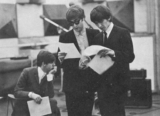 rare photographs of the beatles taken by ringo starr in 1964