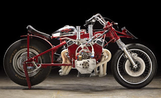 EJ-Potter-Widowmaker-7-Motorcycle-with-a-Chevy-V8-03-620x379