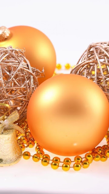 merry xmas hd golden ball image wallpaper for iphone 6 free
