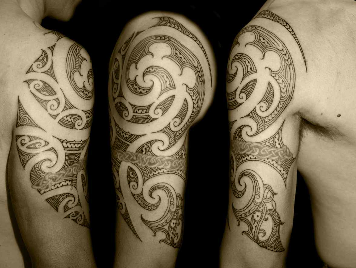Tatuagem Maori: Body Art World Tattoos: Maori Tattoo Art And Traditional