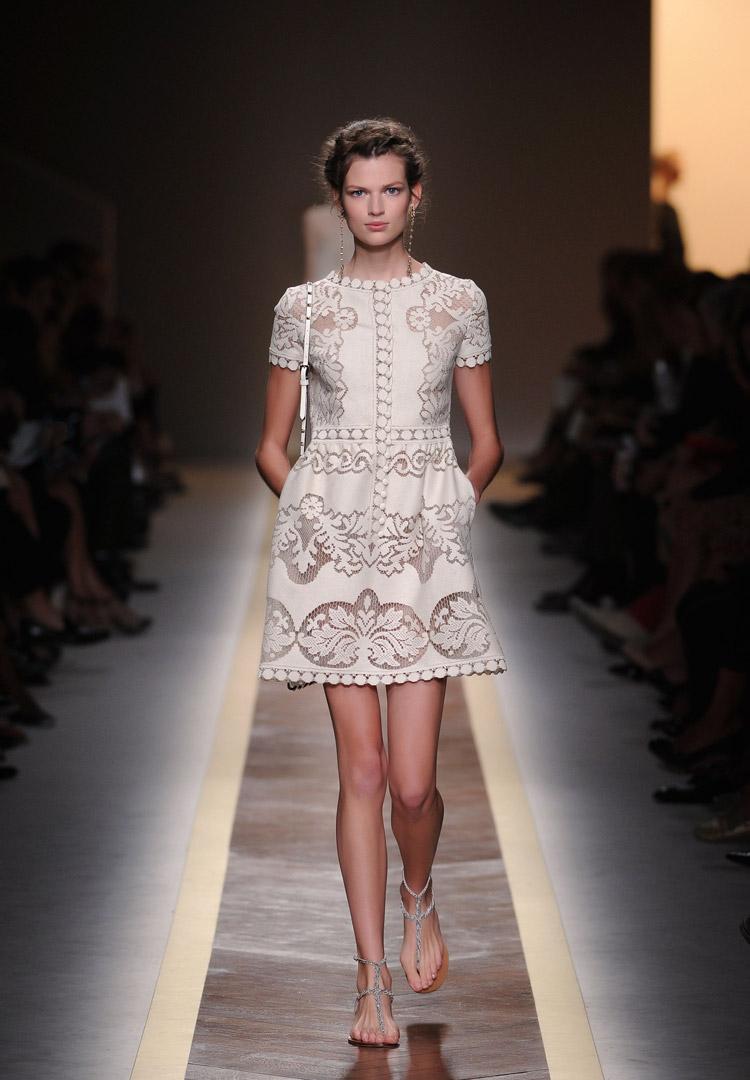 Valentino Spring 2016 Couture: CecilieKirsebom: INSPIRATION: VALENTINO READY TO WEAR
