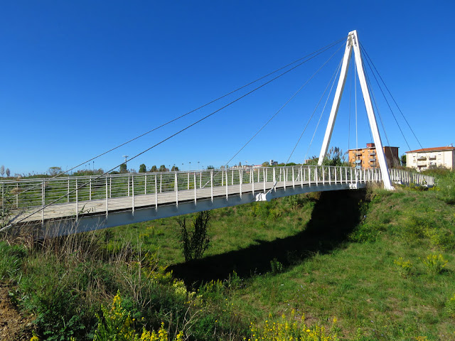 The new footbridge on the Rio Maggiore, Via dei Pelaghi, Livorno
