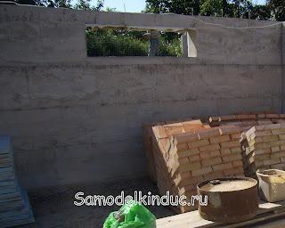 Бетонные стены подвала