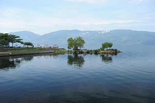 Wisata Danau Singkarak di Sumatera Barat