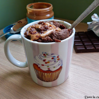 https://danslacuisinedhilary.blogspot.com/2015/04/mug-cake-chocolat-coeur-de-beurre-de.html#links