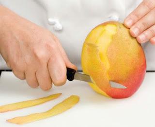 How to Cut a Mango   African Gourmet Basics