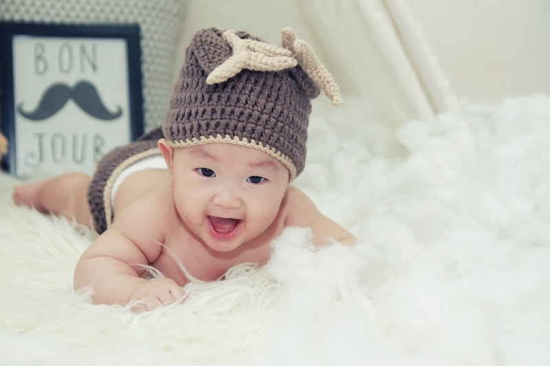 متى يبدأ الطفل بالتسنين ؟