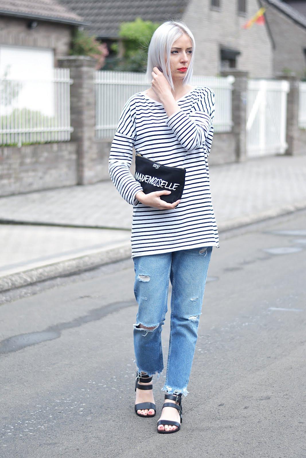 Belgian fashion blogger, zara stripe dress, mango fringe jeans, other stories sandals