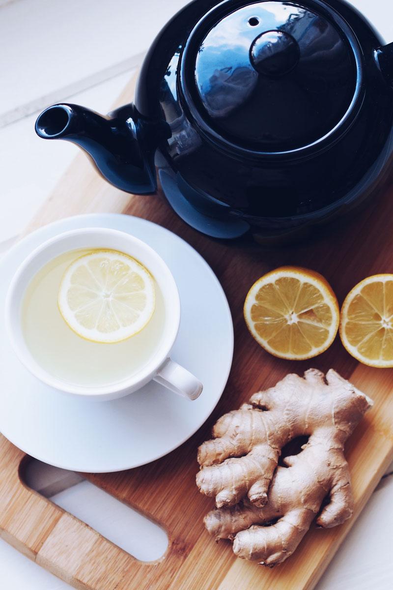 Przepis na herbatę imbirowo-cytrynową.