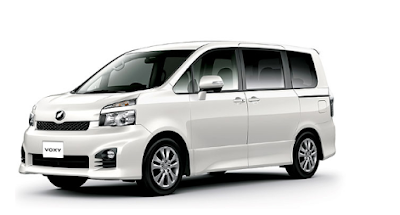 """Review dan Harga All New Toyota Voxy"""