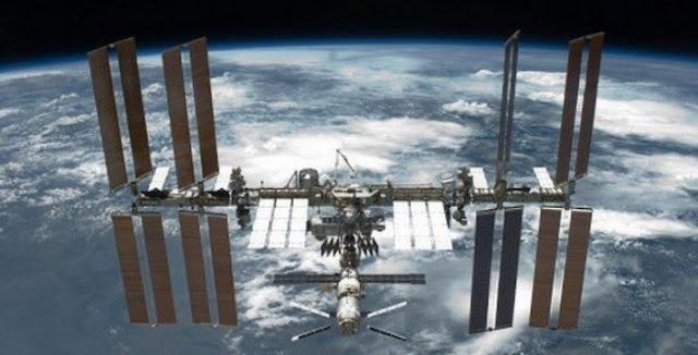 Космос не ваш: Россию почти вытеснили из рынка полетов к МКС