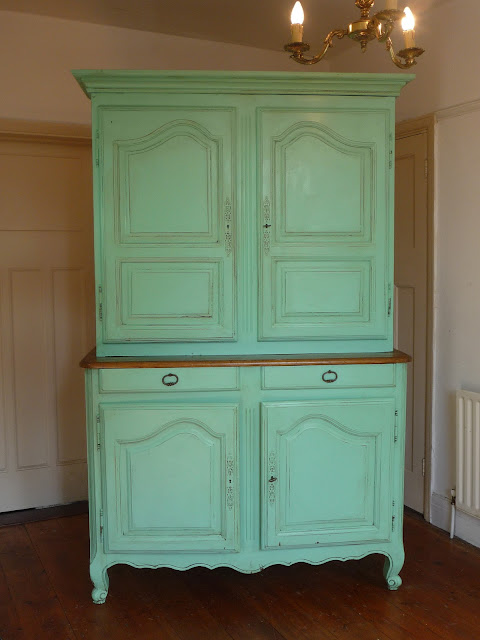 Dazzle Vintage Furniture: French Furniture - A Guide to ...