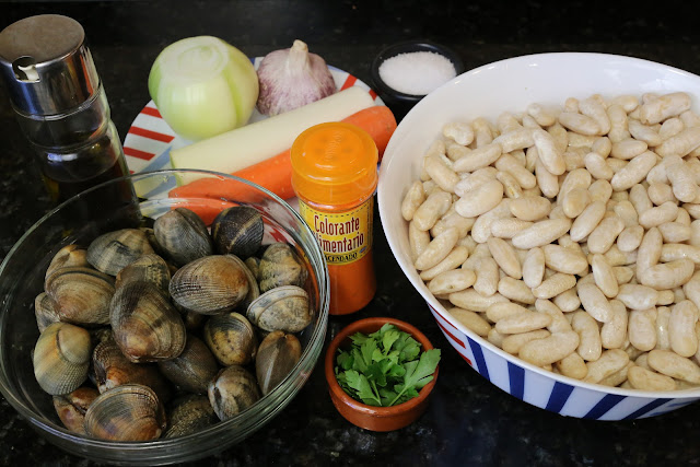 Ingredientes para fabes con almejas