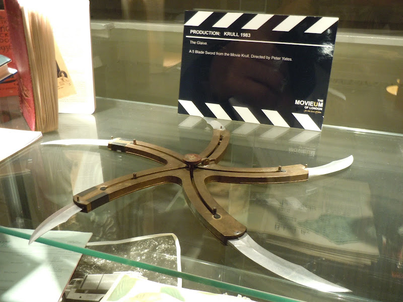 Glaive movie prop from Krull    | Hollywood Movie Costumes