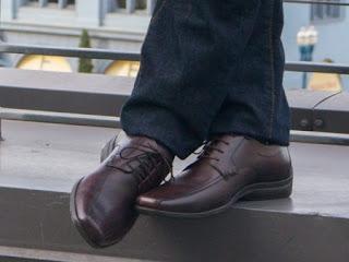 Tips Memilih Sepatu yang Terbaik untuk Bekerja