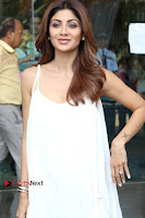 Bollywood Actress Shilpa Shetty Pos in White Gown at The Inauguration Of Shelar Make up Academy  0014.jpg