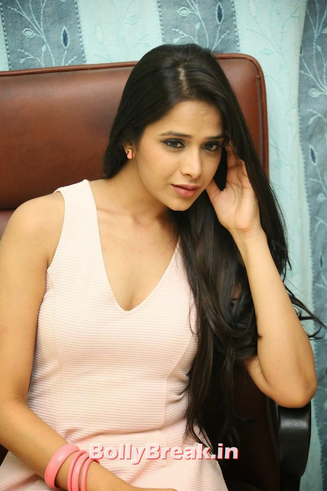 Abha Singhal New Casting Pics - South Indian Tollywood Actress - 25 Pics-3274