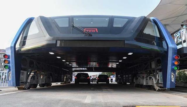 Transit Elevated Bus Hindari Kemacetan Total Di China